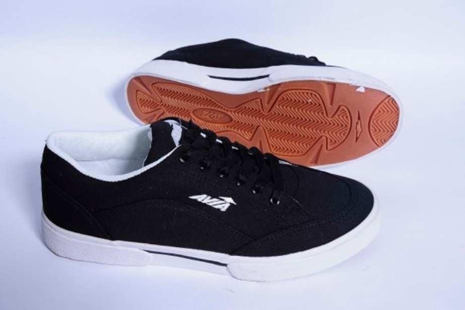 Giày vải Avia Thượng Đình