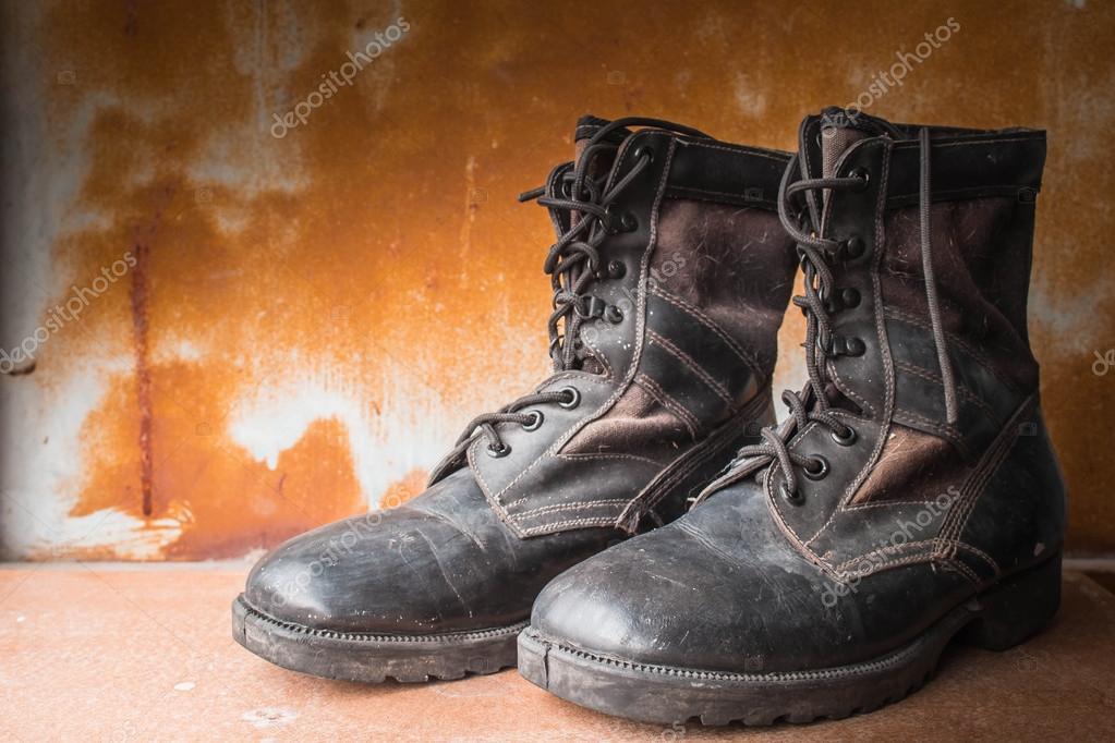 Vấn đề thường gặp ở giày cũ?